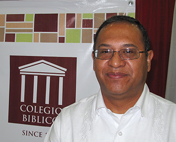 Gonzalo Flores