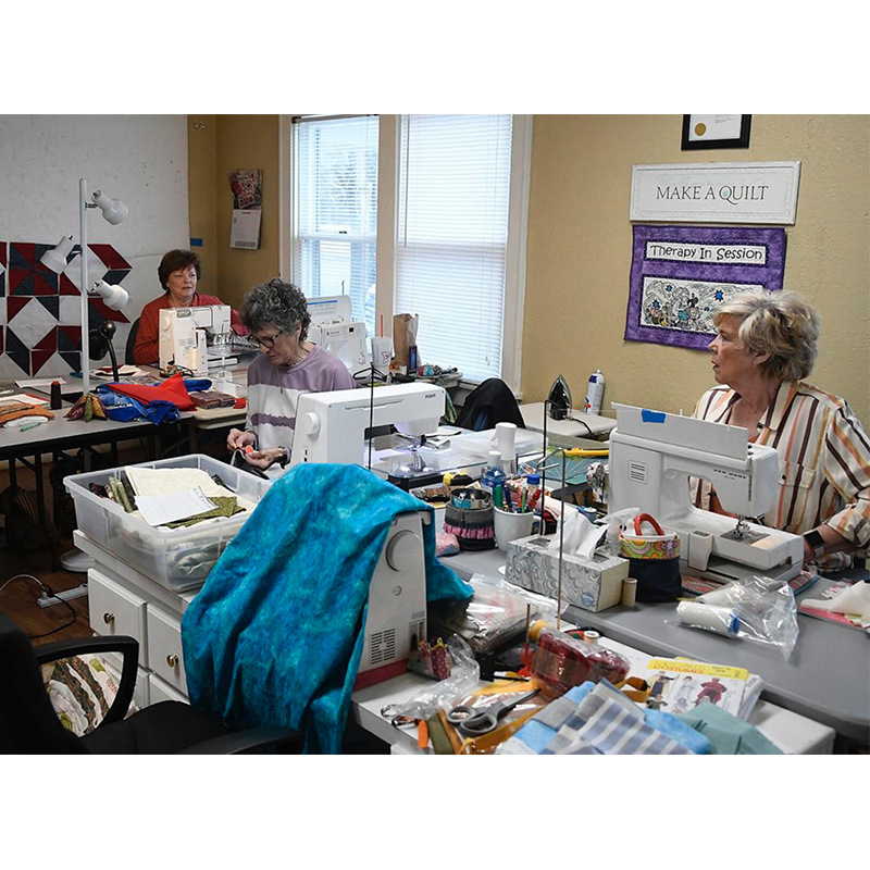 Quilters from Oakwood Christian Spread Warmth to Those in Need